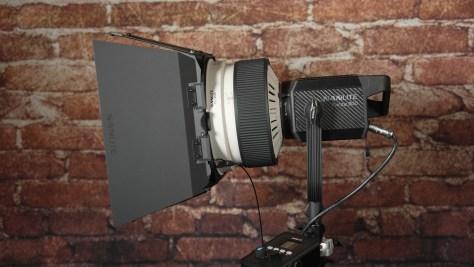 Fresnelbarn-doors_3.1.1-600x338 Nanlite Forza 300 LED Spotlight