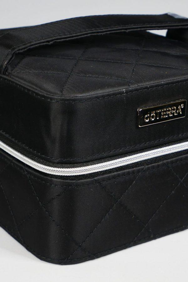 Petit coffret zippé pour 16 flacons (noir) avec logo doTERRA®