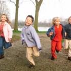 Estudios revelan que el aprendizaje se facilita al aire libre..