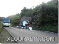 Derrumbe registrado en la carretera federal 125 Huajuapan - Tehuacán