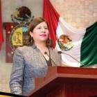 Se inscribe Juanita Cruz como precandidata a la diputación federal por el PRD