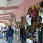 Comerciantes del Mercado Porfirio Díaz piden el retiro de la rampa sobre la calle Morelos