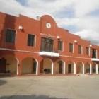 Padres de familia de secundaria de Huajolotitlan acuerdan cambio de plantilla de profesores