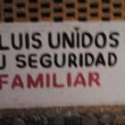 Colocan letreros vecinos vigilantes en Acatlán en contra de la delincuencia