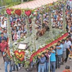 REPORTAJE: Señor de los Corazones: devoción expresada en alfombras multicolores