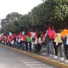 Protestan antorchistas para exigir obra pública