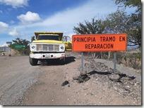Suspenden trabajos en tramo Cacaloxtepec Tezoatlán (1)