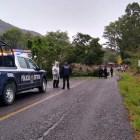 SEGURIDAD PÚBLICA: Caída de árbol por lluvia obstruyó carriles de la carretera Huajuapan – Tehuacán