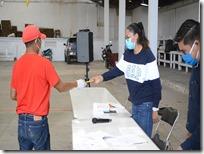 Entregan apoyos económicos en Nochixtlán