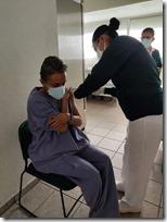 Vacunas se aplican a personal de hospitales bajo censo y vigilancia federal