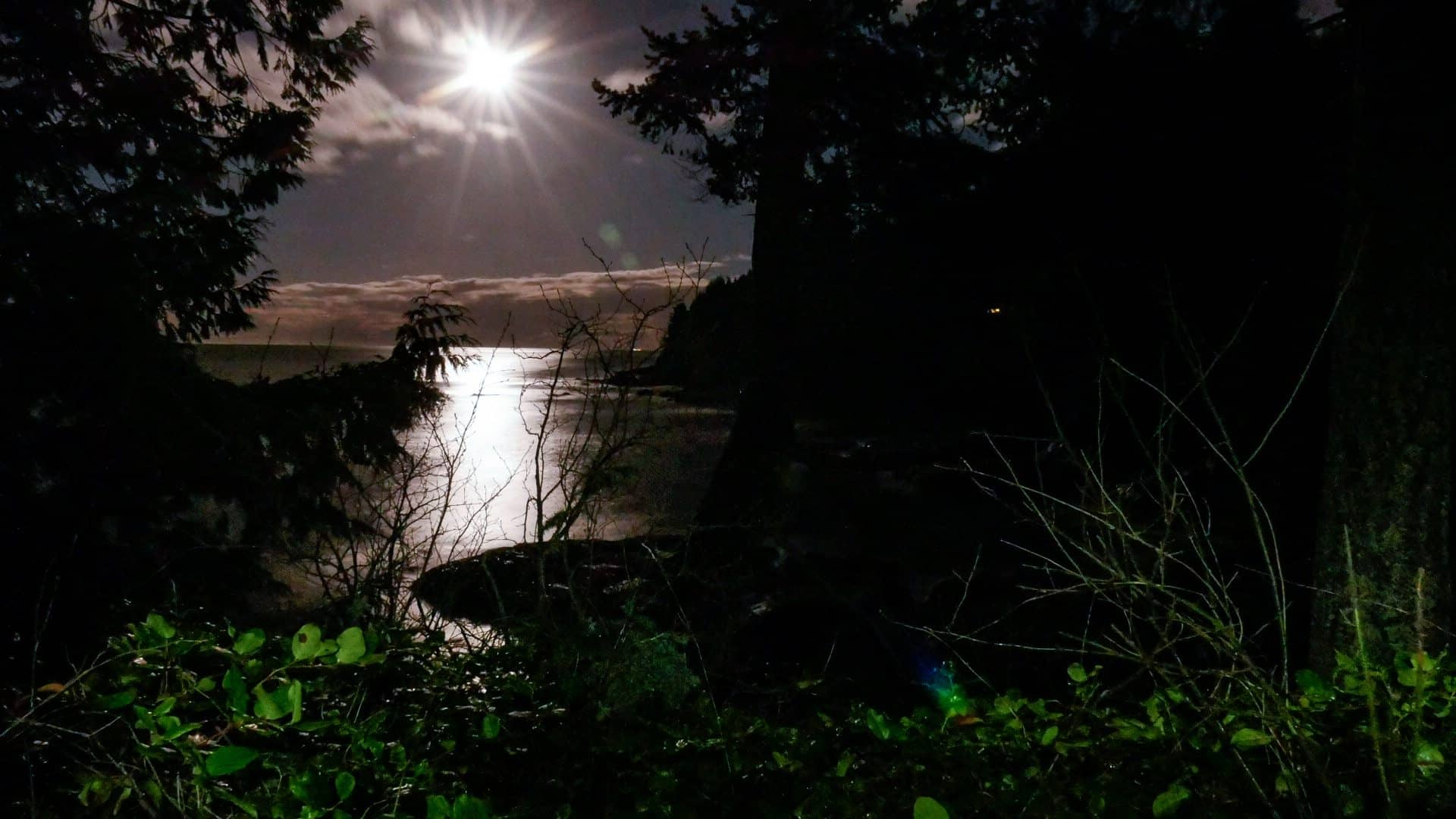Moonrise Strait of Juan de Fuca