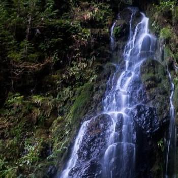 Salt Creek Waterfall
