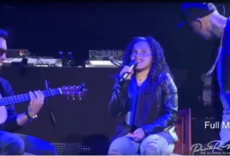 La hija de Nicky Jam encanto el Choliseo