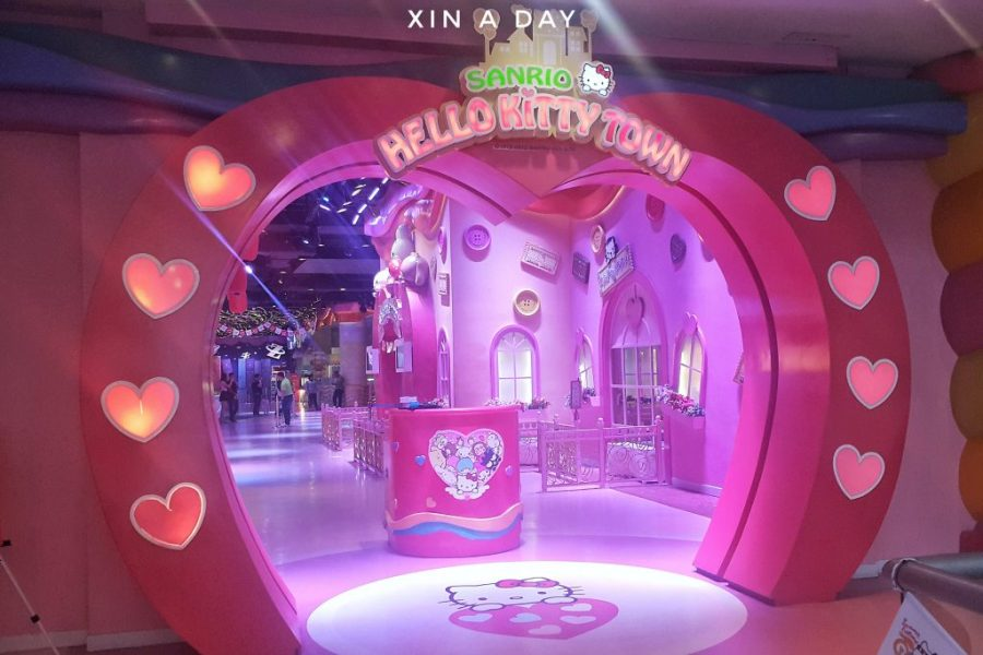 Hello kitty town-01