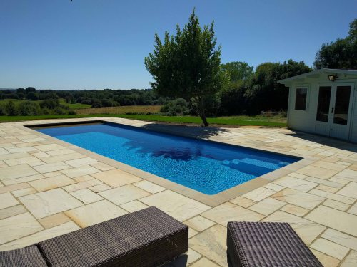 Outdoor One-Piece Swimming Pool with Summerhouse