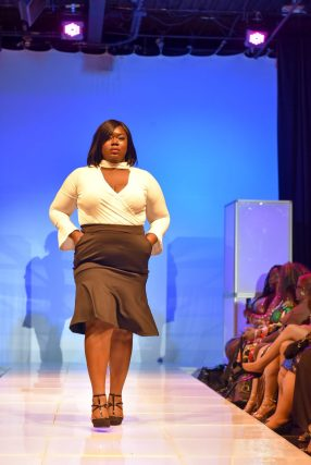 NationalCurvesDayCoEDFashionShow-100