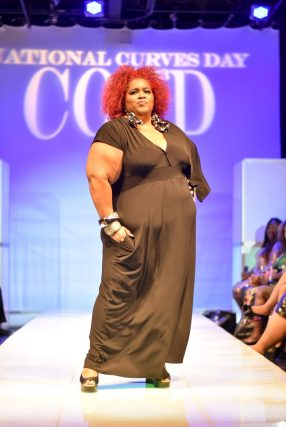 NationalCurvesDayCoEDFashionShow-214