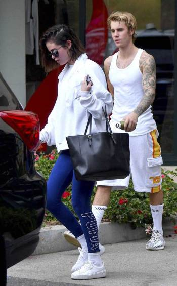 Bieber Gomez trening pilates