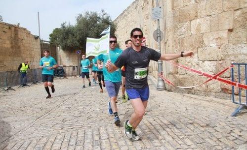 אהרן גפן במרתון ירושלים 2017