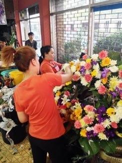 ร้านพวงหรีดดอกไม้สด