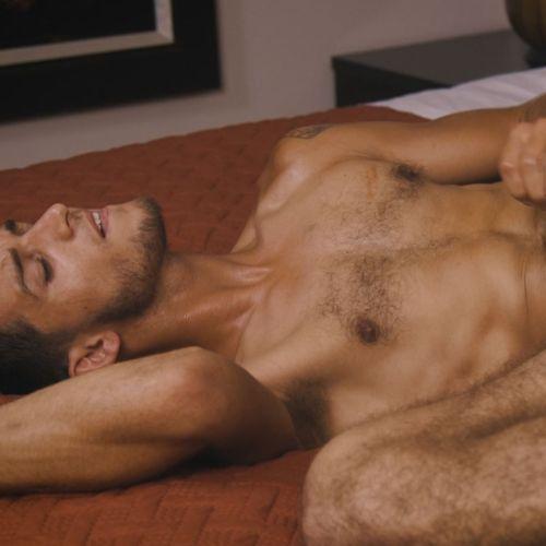 Corbin Fisher : Wesleyが Sawyerの26cmの白い生巨根をアナルにブッ刺す!