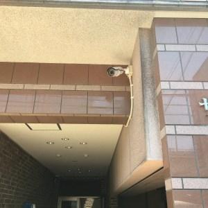 入口カメラ1