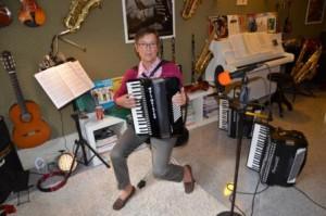 MUSIKUNTERRICHT FÜR ERWACHSENE musikunterricht fÜr erwachsene Unterricht für Erwachsene Musikunterricht Muenster musikunterricht in muenster privater musikunterricht muenster3d 300x199