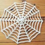 カッコいい!ハロウィンの蜘蛛の巣を画用紙で作る|折り方と切り方