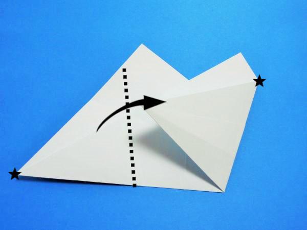折り紙で作る星のお皿|折り方と作り方を画像と動画で紹介