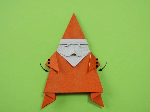 折り紙で立つサンタクロースの作り方・折り方|立体サンタ