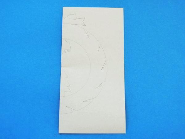折り紙で切り絵!簡単クリスマスリースの作り方|図面無料です