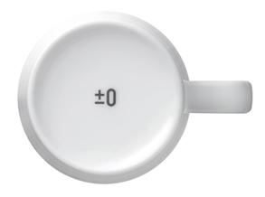 プラスマイナスゼロ コーヒーメーカー マグカップの底にはロゴも