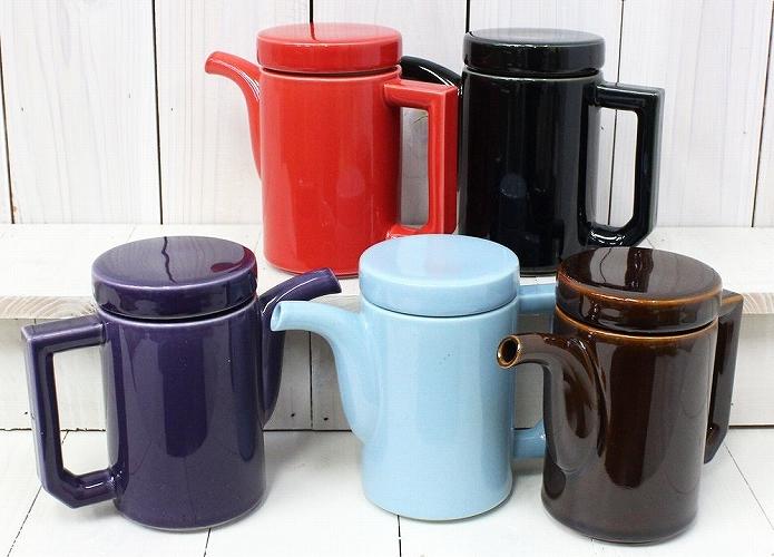波佐見焼の陶磁器ティーポット 茶こしも付いてます