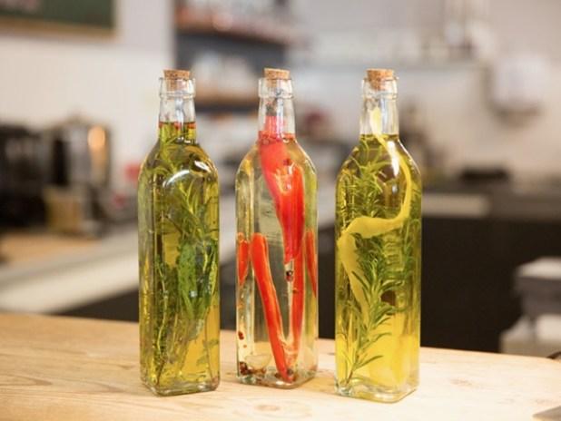 Aceite de esencias de hierbas