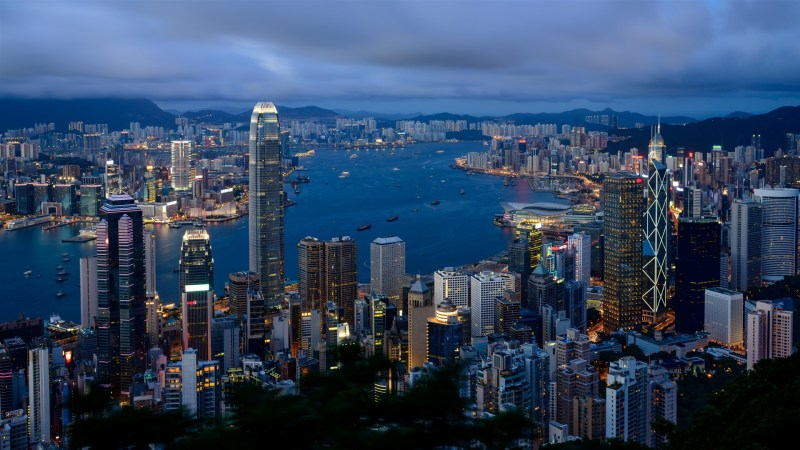 Hong-Kong-landscape-city-buildings-cloudy-morning_1920x1080