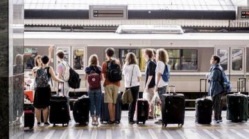 ЕК дава шанс на още 20 000 младежи да пътуват безплатно в Европа