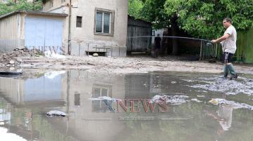 Стотици поражения след бурята в Хасково (ВИДЕО)