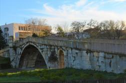 Ремонтират Гърбавия мост в Харманли