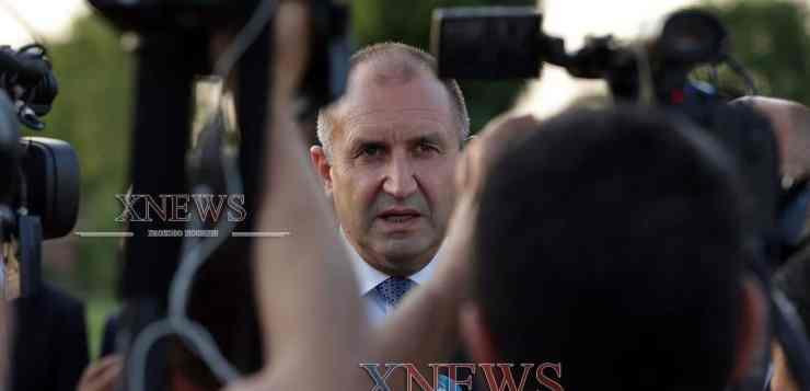 Румен Радев: Премиерът губи самообладание