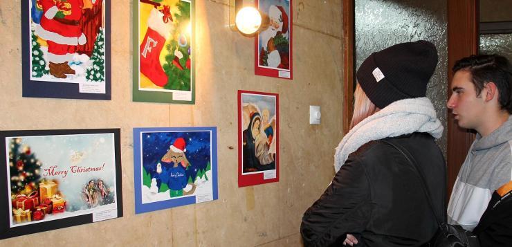 """""""Вале"""" откриха изложба """"Коледна приказка"""""""