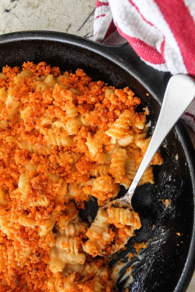 mac and cheese with Cheetos topping