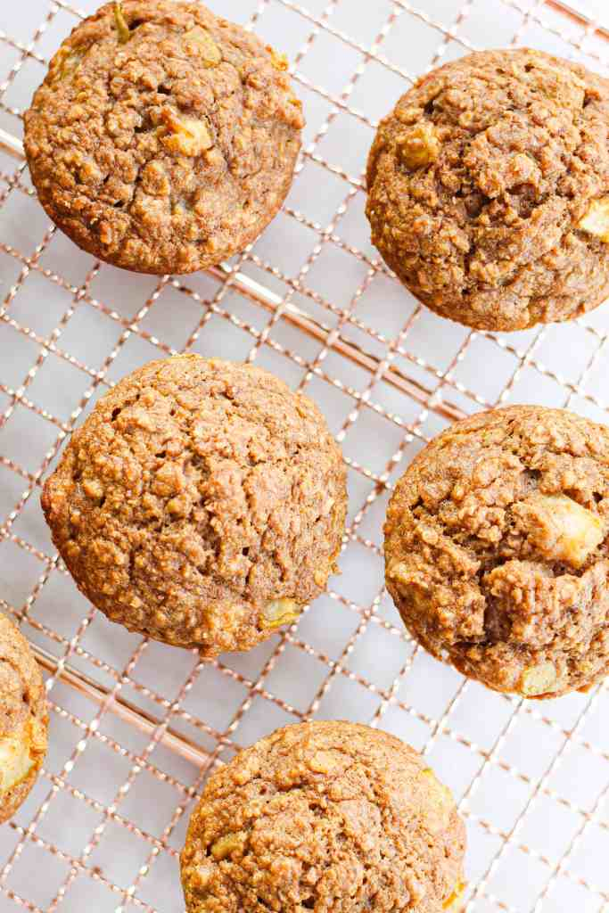 healthy pear and oatmeal muffins with cardamom