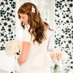 wedding hairstyle guide loose curls and sleek waves sugar and style