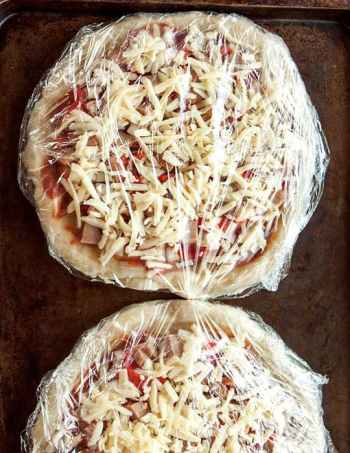 how to make homemade frozen pizzas 10 amazing pizza recipes for busy nights