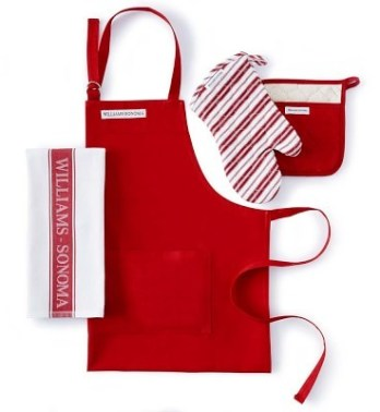 Holiday Gift Guide 2017 for the home cook. William Sonoma kitchen linen set.  This holiday shopping list is amazing! I think this post is so helpful for staying on a budget. Often times cooking gifts are so expensive but these are so useful for the kitchen and under budget. This is for the home cooks! Love it!