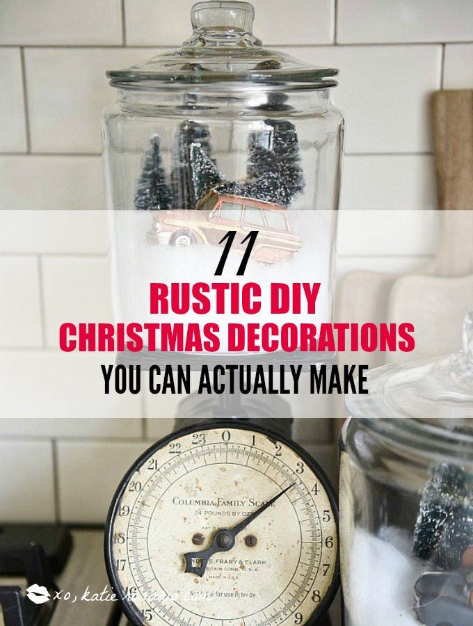 11 Rustic DIY Christmas Decorations You Can Actually Make: I love Christmas and I love these cute DIY décor ideas even more! They really bring the holidays into my home. I think this is perfect for anyone that likes to be crafty. These rustic DIY Christmas decorations really make me feel warm and cozy! Saving for later!