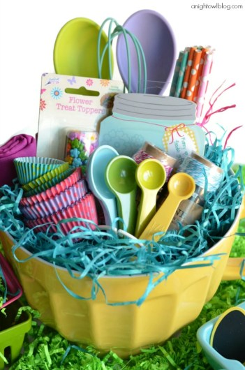 16 diy easter basket ideas that will have you hoppin xo katie easter is almost here i cant wait this is a genius idea negle Image collections