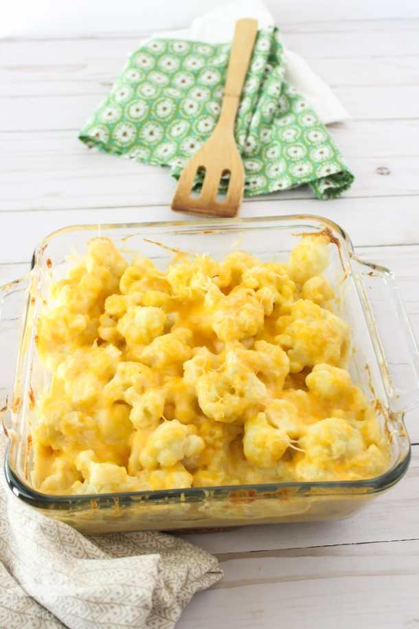 Cheesy Cauliflower Casserole | These cauliflower recipes can be a main dish or an excellent side dish. What I like most about cauliflower is how it can handle big bold flavors, like a lot of spices and sauces. It can be hearty for a vegetarian meal or a lightened version as a side dish. These healthy low carb cauliflower recipes will be a big hit with you and your family! #xokatierosario #easycauliflowerrecipes #healthycauliflowerrecipes #lowcarbcauliflower