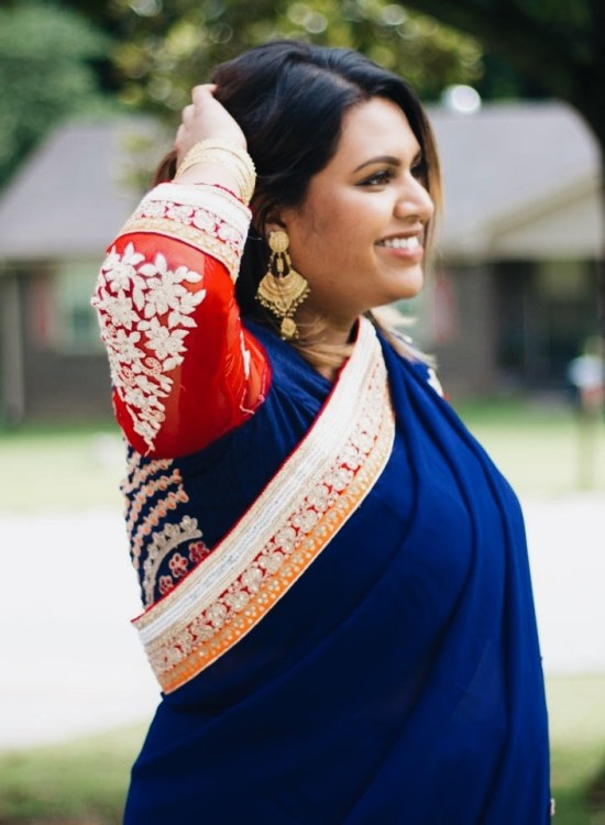 How to wear a saree on a plus size body