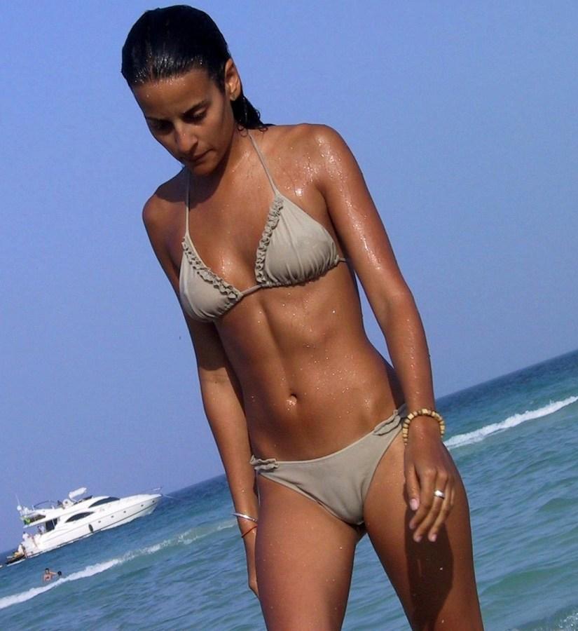 Cameltoes bikini Cameltoe XXX